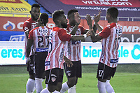 BARRANQUIILLA - COLOMBIA, 20-03-2021: Jugadores del Junior celebran después de anotar el primer gol durante el partido por la fecha 13 de la Liga BetPlay DIMAYOR I 2021 entre Atlético Junior y Deportivo Pereira jugado en el estadio Metropolitano Roberto Meléndez de la ciudad de Barranquilla. / Players of Junior celebrate after scoring the first goal during match for date 13 as part of BetPlay DIMAYOR League I 2021 between Atletico Junior and Deportivo Pereira played at Metropolitano Roberto Melendez stadium in Barranquilla city. Photo: VizzorImage / Jesus Rico / Cont