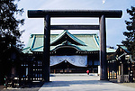 Japan, Tokyo: Yasukuni Shrine at Chiyoda district, warshipping of war deads, Torii (gate, entrance) made of bronze