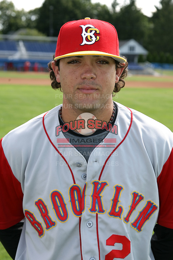 August 6, 2009:  Catcher Ralph Henriquez of the Brooklyn Cyclones during a game at Dwyer Stadium in Batavia, NY.  The Cyclones are the Short-Season Class-A affiliate of the New York Mets.  Photo By Mike Janes/Four Seam Images