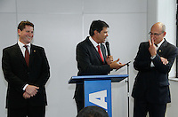 SAO PAULO, SP, 14 DE NOVEMBRO 2012 - GOVERNO DE TRANSIÇÃO DA PREFEITURA DE SÃO PAULO - Anúncio dos titulares das secretarias de Saúde (SMS) e de Transportes (SMT) da gestão Fernando Haddad. Fernando Haddad anucia na tarde desta quarta-feira(14), seus dois novos secretario, Jose de Filippi Jr, secretario da Saude - SMS e Jilmar Augustinho Tatto secretario do Transporte - SMT, na  Sede do Governo de Transição Praça da Sé, 111, 5º andar, Centro - edifício da Caixa Econômica Federal em São Paulo. (FOTO: AMAURI NEHN / BRAZIL PHOTO PRESS).