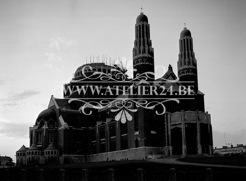 September 1967.  Atlas Copco.  Bouwwerken op de Basiliek van het Heilig Hart in Koekelberg.