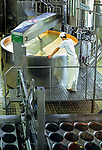 Schweiz, Kanton Appenzell Innerrhoden, Appenzellerland: Blick in eine Kaeserei | Switzerland, Canton Appenzell Innerrhoden, Appenzellerland: cheese dairy