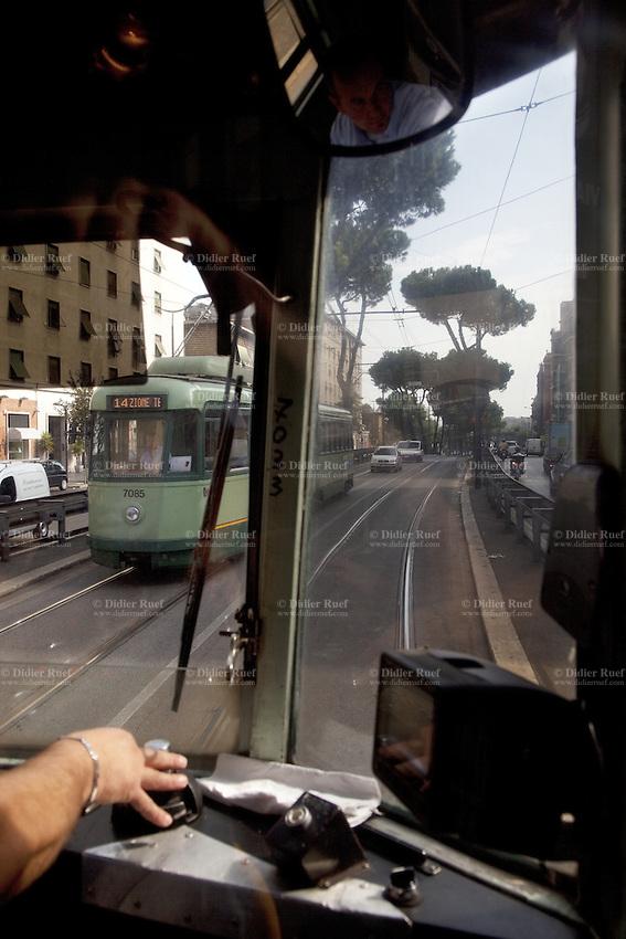 Italy. Lazio region. Rome. Tram's driver. Tramways. 26.09.2011 © 2011 Didier Ruef