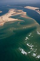 Europe/France/Aquitaine/33/Gironde/Bassin d'Arcachon:: les passes du Bassin d'Arcachon (Entrée) - le Banc d'Arguin reserve naturelle et la dune du Pyla - Vue aérienne