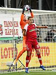 17.10.2020, Schwarzwald Stadion, Freiburg, GER, 1.FBL, SC Freiburg vs SV Werder Bremen<br /> <br /> im Bild / picture shows<br /> Torwart Jiri Pavlenka (Bremen), Nils Petersen (Freiburg)<br /> <br /> Foto © nordphoto / Bratic<br /> <br /> DFL REGULATIONS PROHIBIT ANY USE OF PHOTOGRAPHS AS IMAGE SEQUENCES AND/OR QUASI-VIDEO.