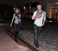 MIAMI BEACH, FL - JANUARY 04: (EXCLUSIVE COVERAGE) Actress AnnaLynne McCord with new boyfriend Twilight's Kellan Lutz leaving Louie nightclub in South Beach on January 4, 2009 in Miami Beach, Florida<br /> <br /> <br /> People:  AnnaLynne McCord, Kellan Lutz