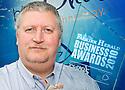 01/06/2010   Copyright  Pic : James Stewart.027_big_fish_june10  .::  BIG FISH :: BLUE OLIVE TECHNOLOGY :: GORDON BENNIE, MANAGING DIRECTOR, WITH THE 2010 FALKIRK HERALD BUSINESS AWARD ::