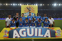BOGOTA - COLOMBIA -07 -06-2017:  Jugadores de Millonarios posan para una foto previo al encuentro de ida entre Millonarios y Atlético Nacional por la semifinal de la Liga Aguila I 2017 jugado en el estadio Nemesio Camacho El Campin de la ciudad de Bogota. / Players of Millonarios pose to a photo prior the first leg match between Millonarios and Atletico Nacional for the semifinal of the Liga Aguila I 2017 played at the Nemesio Camacho El Campin Stadium in Bogota city. Photo: VizzorImage / Ivan Valencia / Cont.