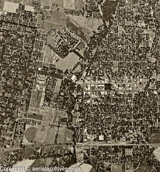 historical aerial photograph Chico, California, 1947