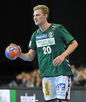 Handball 2. Bundesliga Herren - SC DHfK gegen HC Erlangen am 05.11.2013 in Leipzig (Sachsen). <br /> IM BILD: Philipp Weber (DHfK) <br /> Foto: Christian Nitsche