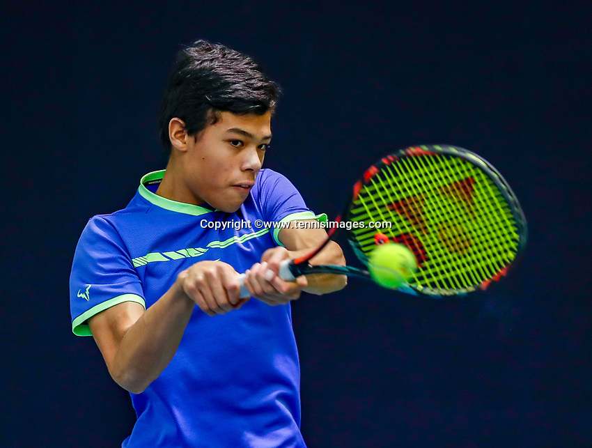 Hilversum, Netherlands, December 3, 2017, Winter Youth Circuit Masters, 12,14,and 16, years, Christoffer Lam (NED)<br /> Photo: Tennisimages/Henk Koster