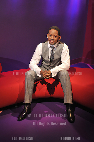 Will Smith waxwork figure - grand opening of Madame Tussauds Hollywood. The new $55 million attraction is the first ever Madame Tussauds in the world to be built from the ground up. It is located on Hollywood Boulevard immediately next to the world-famous Grauman's Chinese Theatre..July 21, 2009  Los Angeles, CA.Picture: Paul Smith / Featureflash