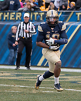 Pitt wide receiver Quadree Henderson. The Pitt Panthers defeated the Syracuse Orange 76-61 at Heinz Field in Pittsburgh, Pennsylvania on November 26, 2016.