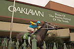 January 18, 2016: Arkansas Derby and triple crown winner American Pharaoh statue in front of Oaklawn Park in Hot Springs, AR. Justin Manning/ESW/CSM