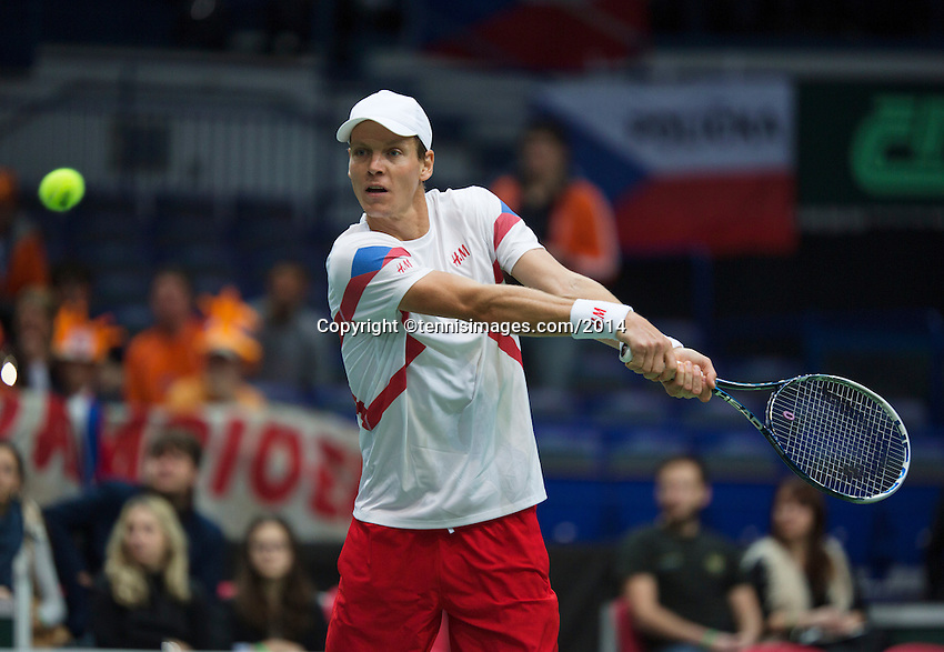 02-02-14,Czech Republic, Ostrava, Cez Arena, Davis Cup Czech Republic vs Netherlands, ,   Tomas Berdych (CZE)<br /> Photo: Henk Koster