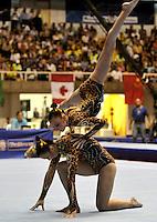 CALI – COLOMBIA – 29-07-2013: Sviatiana Mikhnevch y Yana Yanusik de Bielorusia durante competencia de Gimnasia Acrobática Parejas Femenino Clasificación Equilibrio en los IX Juegos Mundiales Cali, julio 29 de 2013. (Foto: VizzorImage / Luis Ramirez / Staff). Sviatiana Mikhnevch y Yana Yanusik from Belarus in Couples Acrobatic Gymnastics Balance Women's Ranking in the IX World Games Cali, July 29, 2013. (Photo: VizzorImage / Luis Ramirez / Staff).