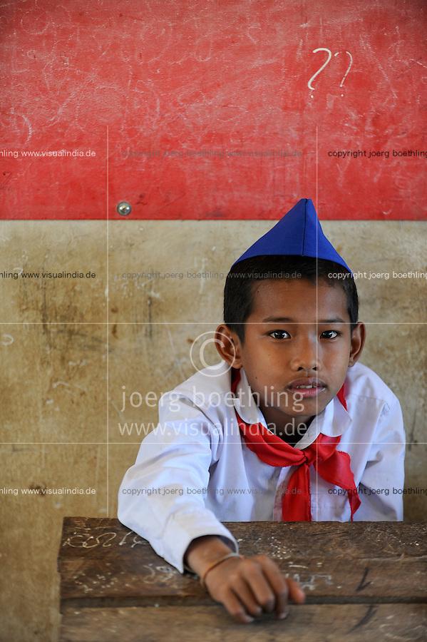 LAOS Province Vientiane village Tham , children in school, school uniform of the communist Pioneer movement / Kinder in einer Dorfschule in Kleidung der kommunistischen Pionierorganisation