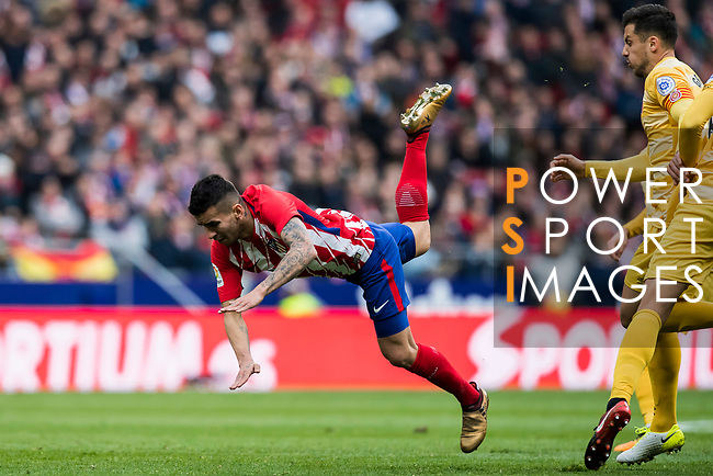 Angel Correa of Atletico de Madrid gets tripped during the La Liga 2017-18 match between Atletico de Madrid and Girona FC at Wanda Metropolitano on 20 January 2018 in Madrid, Spain. Photo by Diego Gonzalez / Power Sport Images