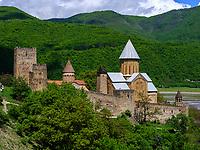 Festung Ananuri am Shinvali-Stausee an der georgischen Heerstraße, Mzcheta-Mtianeti, Georgien, Europa