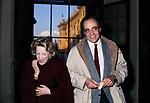 MANUEL DE SICA CON LA MADRE MARIA MERCADER<br /> SERATA RENATO BALESTRA ALL'HARRY 'S BAR ROMA 1979