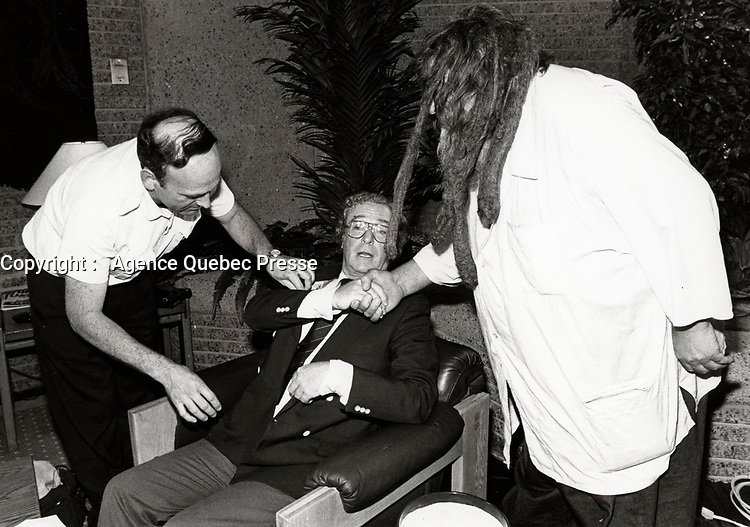 Montreal (Qc) CANADA - 1987 File Photo -Michael Caine (M), Grand Antonio (L)