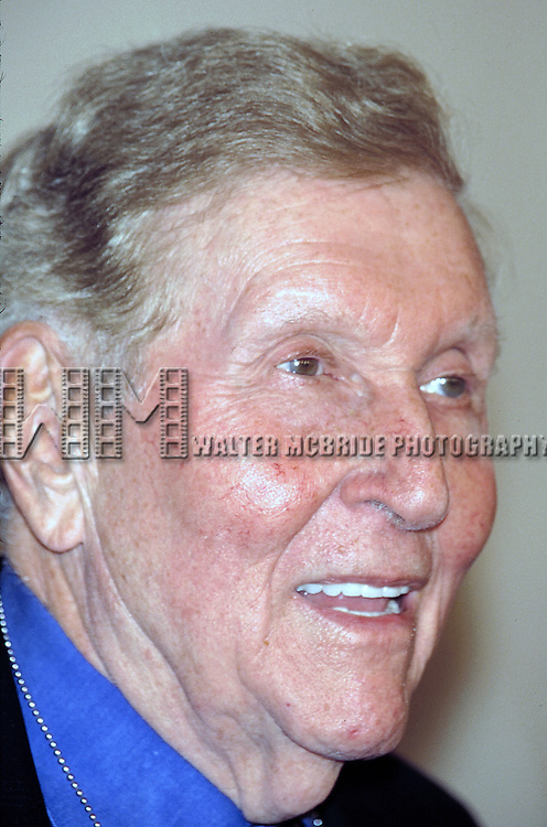 Sumner Redstone attending the VH-1 Vogue Fashion Awards in New York City on October 19, 2001