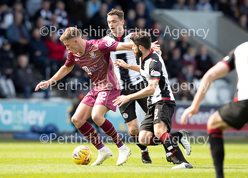 St Mirren v St Johnstone….27.04.19      St Mirren Park        SPFL<br />Callum Hendry fends off Ryan Flynn and Stephen McGinn<br />Picture by Graeme Hart. <br />Copyright Perthshire Picture Agency<br />Tel: 01738 623350  Mobile: 07990 594431