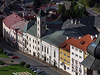 Stephanplatz mit Franziskanerkirche, Kremnica, Banskobystricky kraj, Slowakei, Europa<br /> Stephan's square with Franciscan church, Kremnica, Banskobystricky kraj, Slovakia, Europe