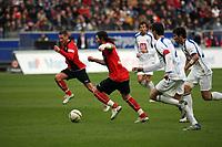 Ioannis Amanatidis (Eintracht) setzt sich durch<br /> Eintracht Frankfurt vs. VfL Bochum, Commerzbank Arena<br /> *** Local Caption *** Foto ist honorarpflichtig! zzgl. gesetzl. MwSt. Auf Anfrage in hoeherer Qualitaet/Aufloesung. Belegexemplar an: Marc Schueler, Am Ziegelfalltor 4, 64625 Bensheim, Tel. +49 (0) 6251 86 96 134, www.gameday-mediaservices.de. Email: marc.schueler@gameday-mediaservices.de, Bankverbindung: Volksbank Bergstrasse, Kto.: 151297, BLZ: 50960101