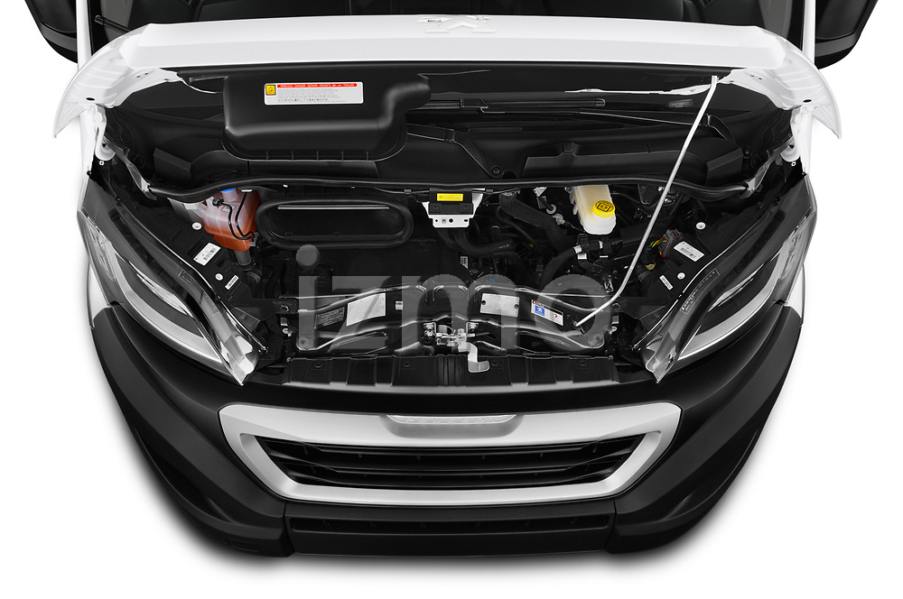 Car Stock 2019 Peugeot Boxer PRO-SR 4 Door Chassis Cab Engine  high angle detail view