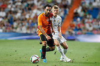 Real Madrid´s Kroos (R) and Galatasaray´s Selcuk Inan during Santiago Bernabeu Trophy match at Santiago Bernabeu stadium in Madrid, Spain. August 18, 2015. (ALTERPHOTOS/Victor Blanco)