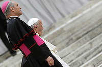 Papa Francesco e Monsignor Georg Gaenswein al termine dell'udienza generale del mercoledi' in Piazza San Pietro, Citta' del Vaticano, 31 agosto 2016.<br /> Pope Francis and Monsignor Georg Gaenswein leave at the end of his weekly general audience in St. Peter's Square at the Vatican, 31 August 2016.<br /> UPDATE IMAGES PRESS/Isabella Bonotto<br /> <br /> STRICTLY ONLY FOR EDITORIAL USE