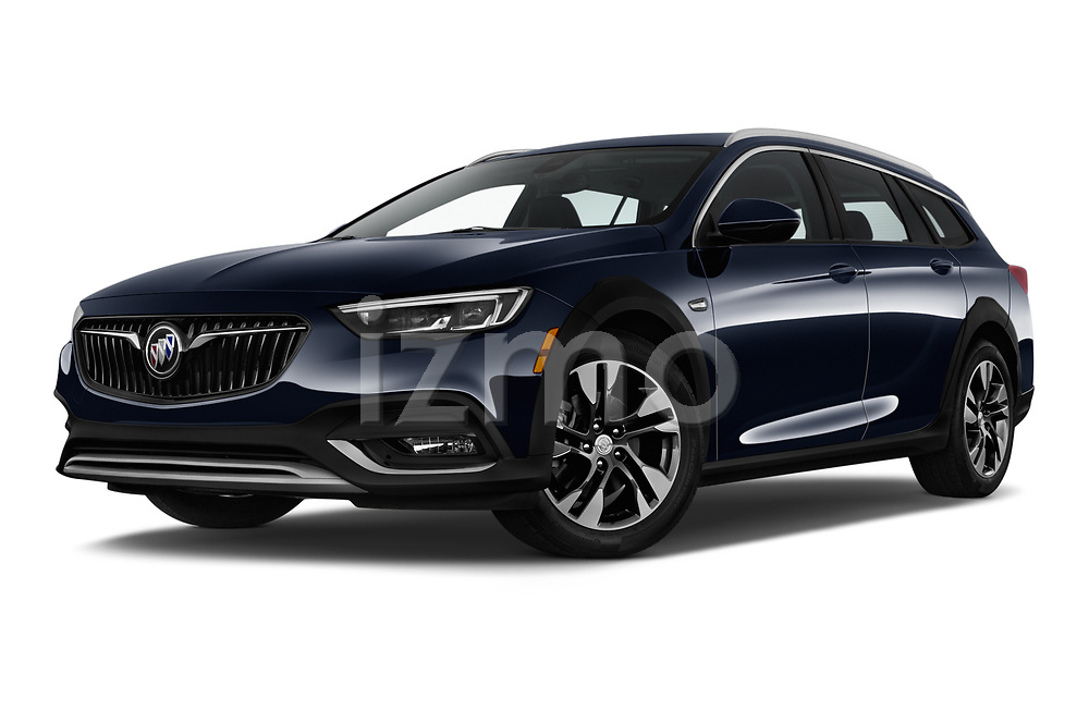 Stock pictures of low aggressive front three quarter view of a 2018 Buick Regal TourX Essence AWD 5 Door Wagon