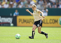 FC Gold Pride's Leslie Osborne. The LA Sol defeated FC Gold Pride of the Bay Area 1-0 at Home Depot Center stadium in Carson, California on Sunday April 19, 2009.  .