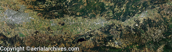 aerial photo map Napa Valley, California from the City of Napa to Calistoga, 2009.  For a more recent view, please contact Aerial Archives.