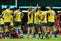 Pictured: Australia players congratulating each other after their win.  Saturday 08 November 2014<br />