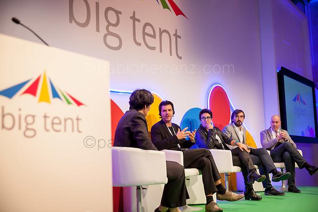 Evento Google Big Tent 2014 con Jeff Jarvis en el Museo del Traje, Madrid.