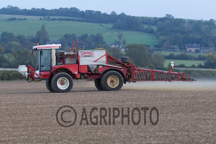 29.9.2020 Pre-Emergence spraying in Rutland <br /> ©Tim Scrivener Photographer 07850 303986<br />      ....Covering Agriculture In The