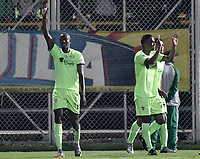 BOGOTÁ -COLOMBIA, 29-04-2018: Hansel Zapata (Izq) jugador de La Equidad celebra después de anotar un gol a Atlético Nacional durante partido por la fecha 18 de la Liga Águila I 2018 jugado en el estadio Metropolitano de Techo de la ciudad de Bogotá. / Hansel Zapata (L) of La Equidad celebrates after scoring a goal to Atletico Nacional during match for the date 18 of the Aguila League I 2018 played at Metropolitano de Techo stadium in Bogotá city. Photo: VizzorImage/ Gabriel Aponte / Staff