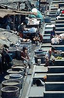 Wäscher an den Dhobi Ghats in Bombay (Mumbai), Maharashtra, Indien