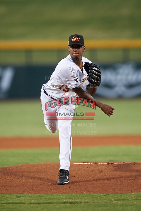 Mesa Solar Sox starting pitcher Anthony Castro (15), of the Detroit Tigers organization, during an Arizona Fall League game against the Scottsdale Scorpions on September 18, 2019 at Sloan Park in Mesa, Arizona. Scottsdale defeated Mesa 5-4. (Zachary Lucy/Four Seam Images)