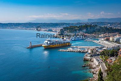 Frankreich, Provence-Alpes-Côte d'Azur, Nizza: die Korsika-Sardinien-Faehre verlaesst den Hafen Port Lympia | France, Provence-Alpes-Côte d'Azur, Nice: Corsica-Sardinia-ferry leaving Port Lympia