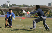 January 29, 2007: USA goalkeeper coach Phil Wheddon with goalie Briana Scurry at a Four Nations Cup practice.