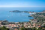 France, Provence-Alpes-Côte d'Azur, peninsula Cap Ferrat between Villefranche-sur-Mer and Beaulieu-sur-Mer with resort Saint-Jean-Cap-Ferrat, at foreground Beaulieu-sur-Mer   Frankreich, Provence-Alpes-Côte d'Azur, Halbinsel Cap Ferrat zwischen Villefranche-sur-Mer und Beaulieu-sur-Mer mit Badeort Saint-Jean-Cap-Ferrat, im Vordergrund Beaulieu-sur-Mer