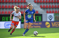 Essevee's Laura Vervacke pictured in a fight for the ball with Gent's Lobke Loonen (19)  during a female soccer game between Zulte Waregem and the KAA Gent Ladies on the fourth matchday of the 2020 - 2021 season of Belgian Scooore Womens Super League , saturday 10 October 2020  in Waregem , Belgium . PHOTO SPORTPIX.BE | SPP | DAVID CATRY
