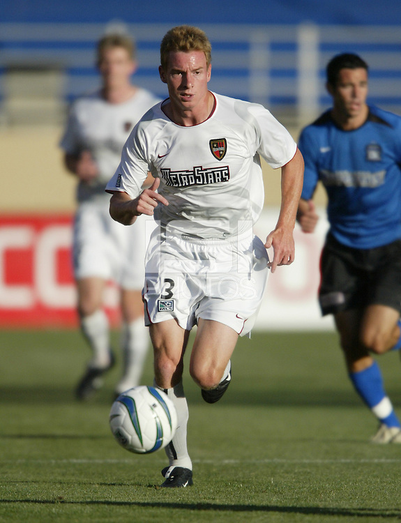 12 June 2004: Chris Leitch in action against Earthquakes at Spartan Stadium in San Jose, California.    Earthquakes defeated MetroStars, 3-1.  Mandatory Credit: Michael Pimentel / ISI