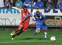 KV Kortrijk - Racing Genk : duel tussen Steeven Joseph Monrose en Anele.foto VDB / BART VANDENBROUCKE