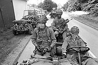 - Franco-German bilateral military exercise in Bavaria, French paratroopers on Jeep, September 1987<br /> <br /> - Esercitazione militare bilaterale franco-tedesca in Baviera, paracadutisti francesi su Jeep, Settembre 1987