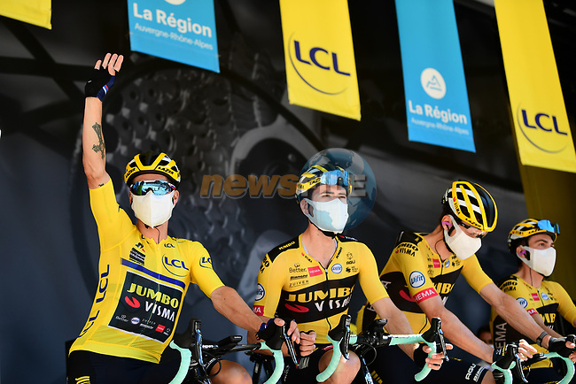 Race leader Primoz Roglic (SLO) and Team Jumbo-Visma at sign on before the start of Stage 4 of Criterium du Dauphine 2020, running 157km from Ugine to Megeve, France. 15th August 2020.<br /> Picture: ASO/Alex Broadway | Cyclefile<br /> All photos usage must carry mandatory copyright credit (© Cyclefile | ASO/Alex Broadway)