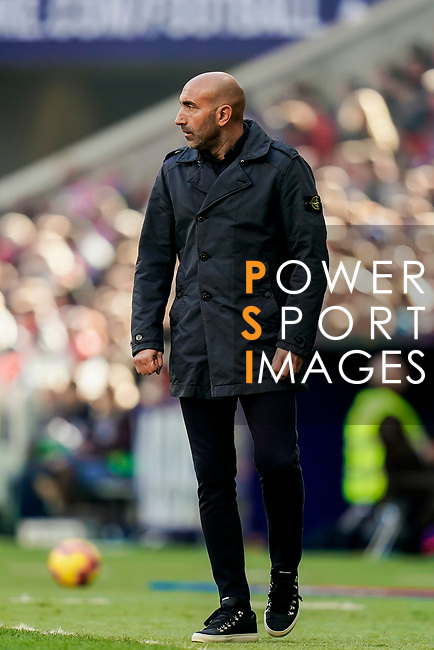 Coach Abelardo Fernandez of Deportivo Alaves reacts during the La Liga 2018-19 match between Atletico de Madrid and Deportivo Alaves at Wanda Metropolitano on December 08 2018 in Madrid, Spain. Photo by Diego Souto / Power Sport Images